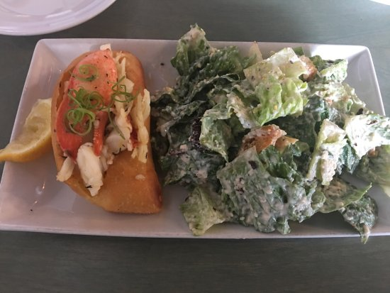 Petite lobster roll with sauteed spinach and mushrooms for Fish market fort worth