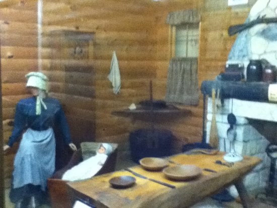 early 1800s kitchen - Picture of Pioneer Village, Minden - TripAdvisor