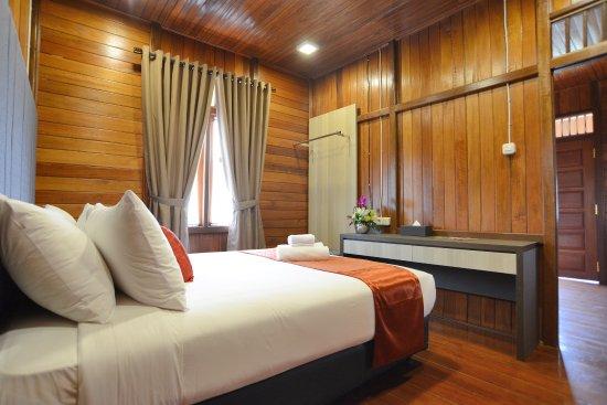 Hasil gambar untuk kamar di jsi resort