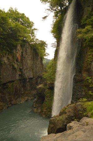 Watagadaki Falls: 綿ヶ滝