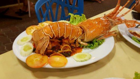 Orkid Ria Seafood Restaurant: 20160822_201735_large.jpg