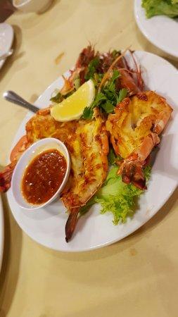 Orkid Ria Seafood Restaurant: 20160822_200711_large.jpg