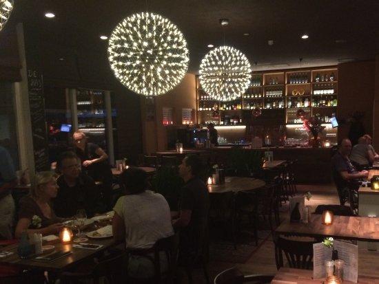 Loetje Overveen: Sfeervol restaurant