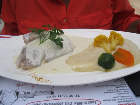 Plurien, França: poisson avec puree de celeri