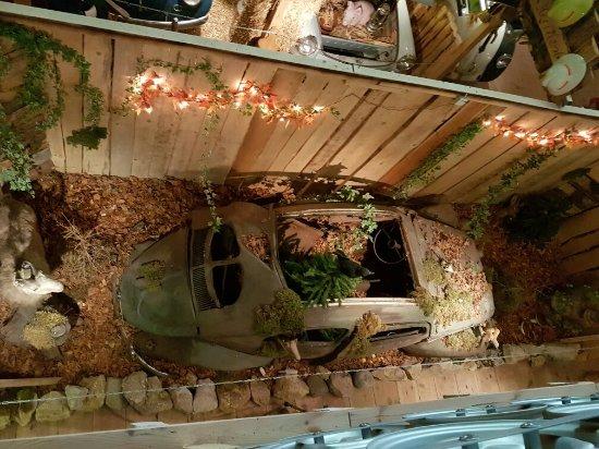 Saint Sulpice, Schweiz: Volkswrecks Museum