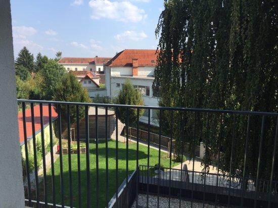 Stainz, Autriche : Zimmer mit Gartenblick und Balkon