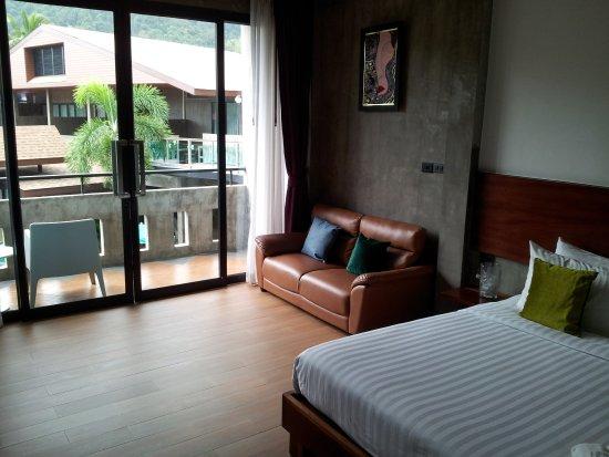 Green View Village Resort: Divan détente dans la chambre