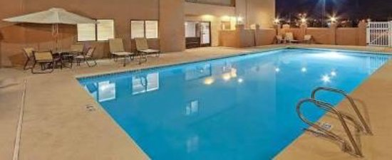 Hawthorn Suites by Wyndham Albuquerque: Pool