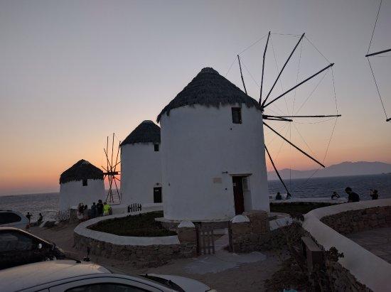 Hotel Matina: Iconic Sunset - 5 mins walk away