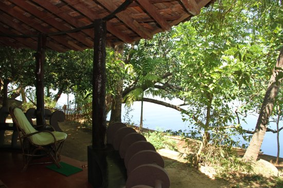 Chendamangalam, India: Cottage and terrace