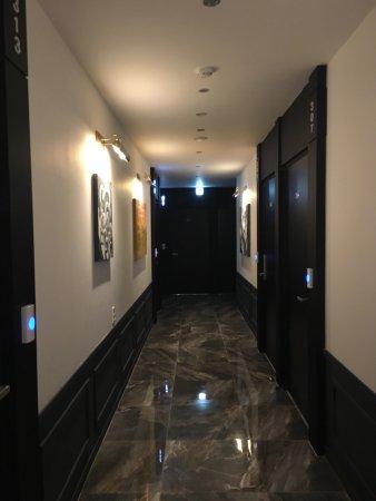 Hotel Almond Photo