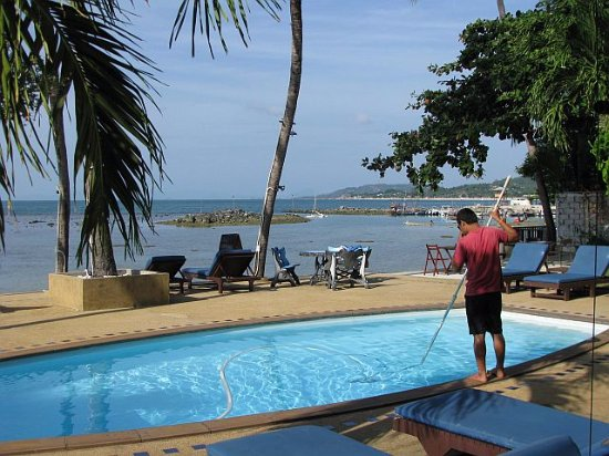 Weekender VIlla Beach Resort: Pool, wird täglich gerinnigt