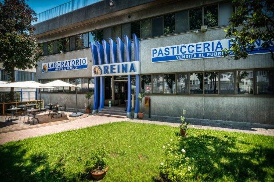 Addolorata Villa Reviews
