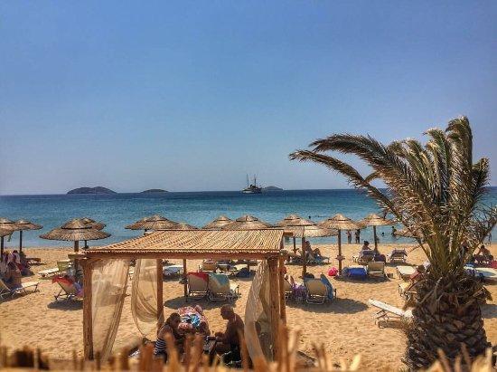 Kaliva Beach Bar