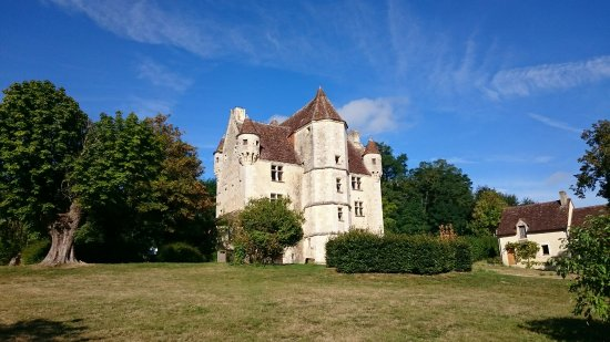 ‪Manoir de Courboyer‬
