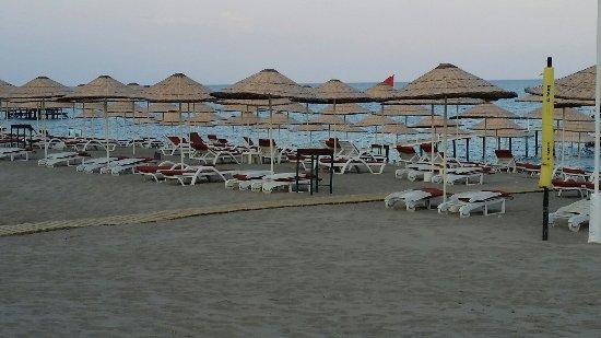 Club Boran Mare Beach: 20160831_185154_large.jpg