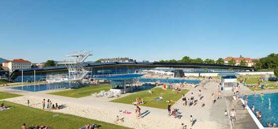 Auster Sportbad