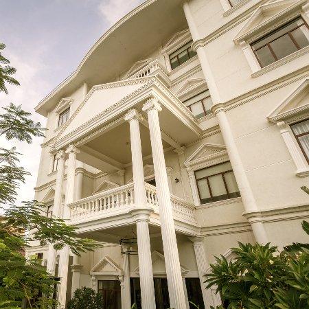 白房子精品酒店