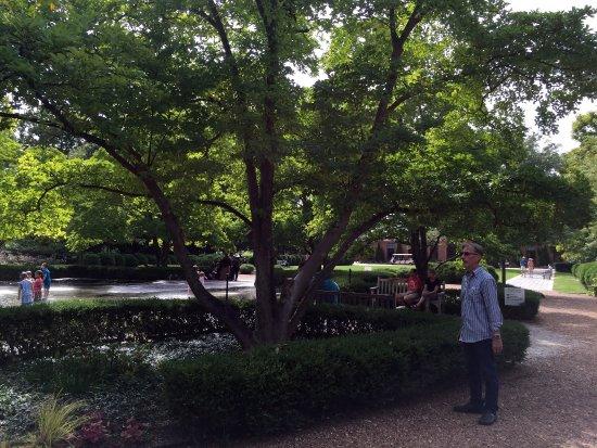 Cantigny Park: photo1.jpg