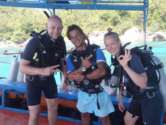 Scuba Junction: Students & Instructor