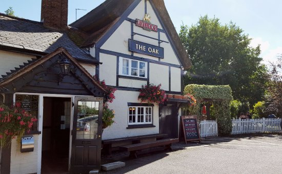 Aston Clinton, UK: The Oak