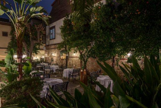 Seraser Fine Dining Restaurant: Seraser Exterior 3