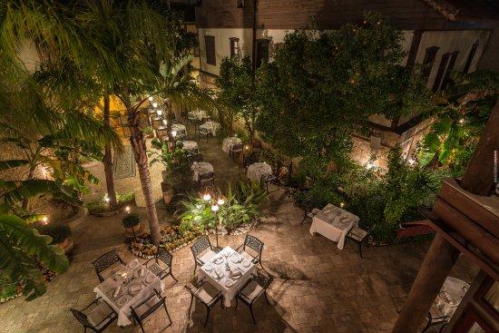 Seraser Fine Dining Restaurant: Seraser Exterior 4