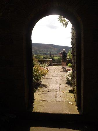 Parcevall Hall Gardens: entry to the garden terraces