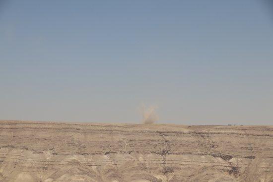 Karak, Jordania: Dust devil on opposite side of the canyon.