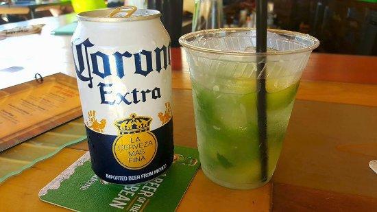 Tiki Bar At Holiday Isle: Refreshing drinks