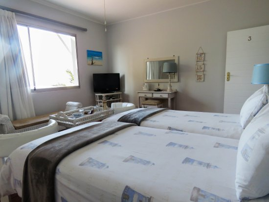 Amanzimtoti, Sydafrika: Each bedroom has a flat screen TV
