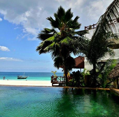 The Z Hotel Zanzibar: 20160909_105721_large.jpg