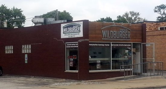 American wild burger: Front & entrance to American Wildburger