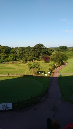 London Beach Country Hotel & Spa: The golf course