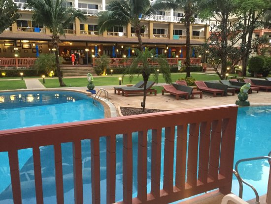 Kata Sea Breeze Resort: photo0.jpg