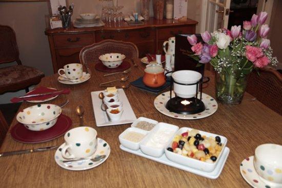 Burton upon Trent, UK: The breakfast table always features fresh fruit in season