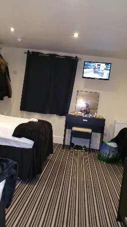 Happy Return Hotel: 20160909_194513_large.jpg