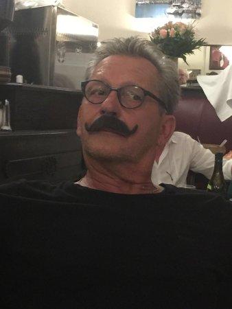 le moustache berlin