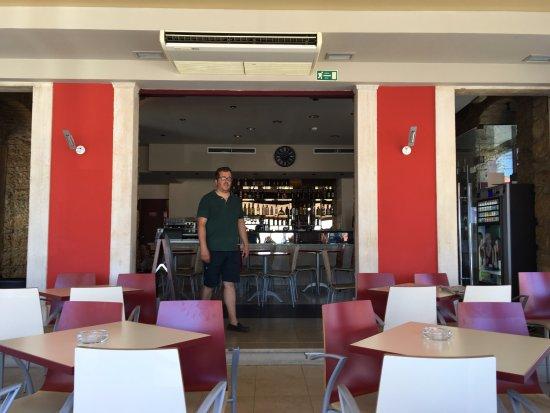 Claustro Bar