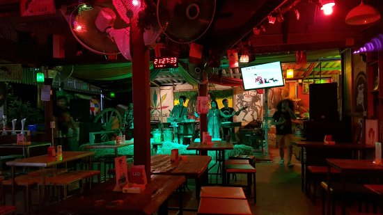 ‪Roots Rock Reggae Bar‬