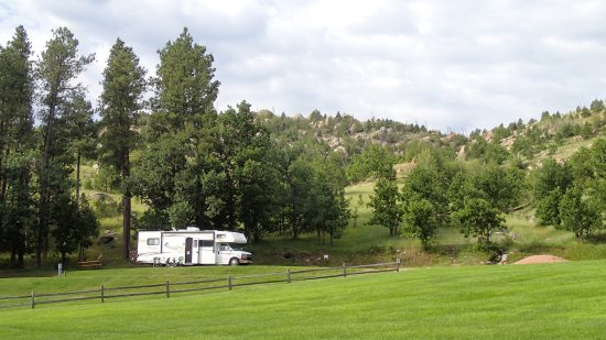 Spokane Creek Cabins & Campground: Our site at Spokane Creek