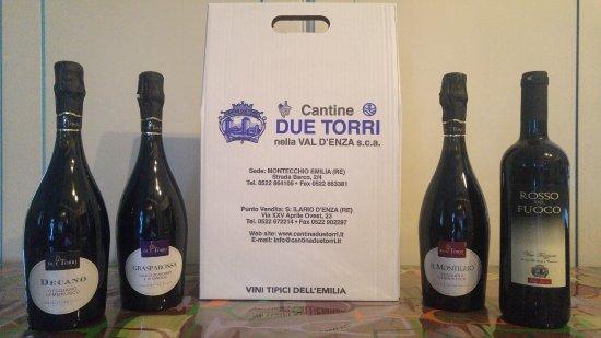 Sant'Ilario d'Enza, Italy: Alcuni dei prodotti della Cantina
