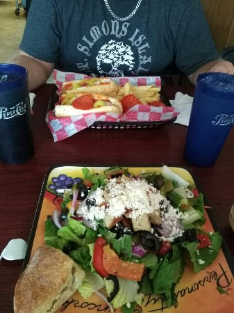 Ladson, SC: Chicken parmesan and Greek salad