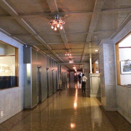 Monadnock Building: Hallway