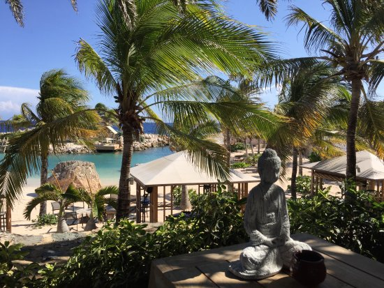 Baoase Luxury Resort: The view from honeymoon suite #2