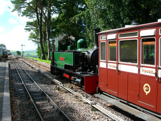 Parracombe, UK: Isaac awaits departure from Woody Bay station, high on the moor