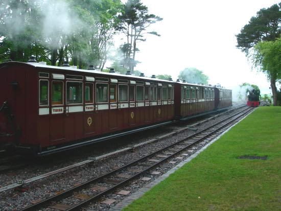 Parracombe, UK: Beautifully restored old carriages bring the past to life