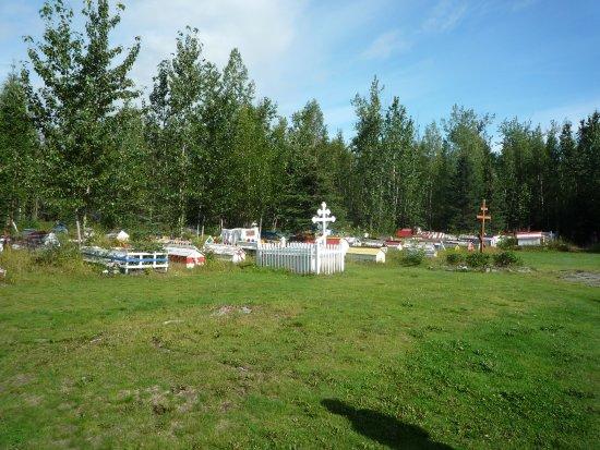 Chugiak, AK: Cemetery and Spirit Houses