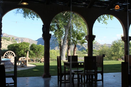 Lajitas, เท็กซัส: view from the candelilla restaurant