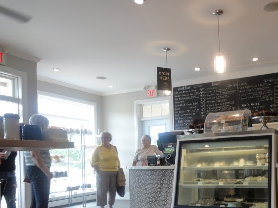 Margaree Valley, Canadá: Interior shot of the Dancing Goat Bakery & Cafe